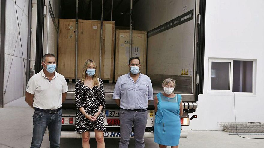 La planta de fabricación de mascarillas, lista para funcionar