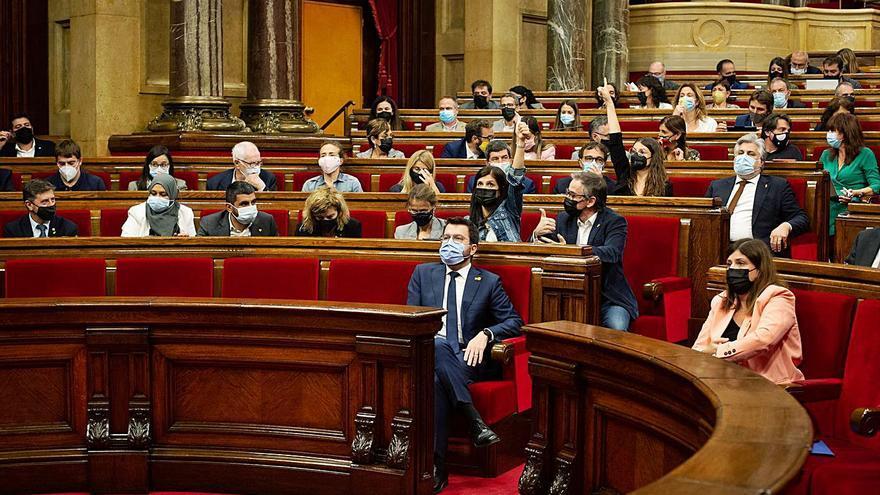 El Parlament reprova el Tribunal de Comptes per rebutjar els avals de l'ICF