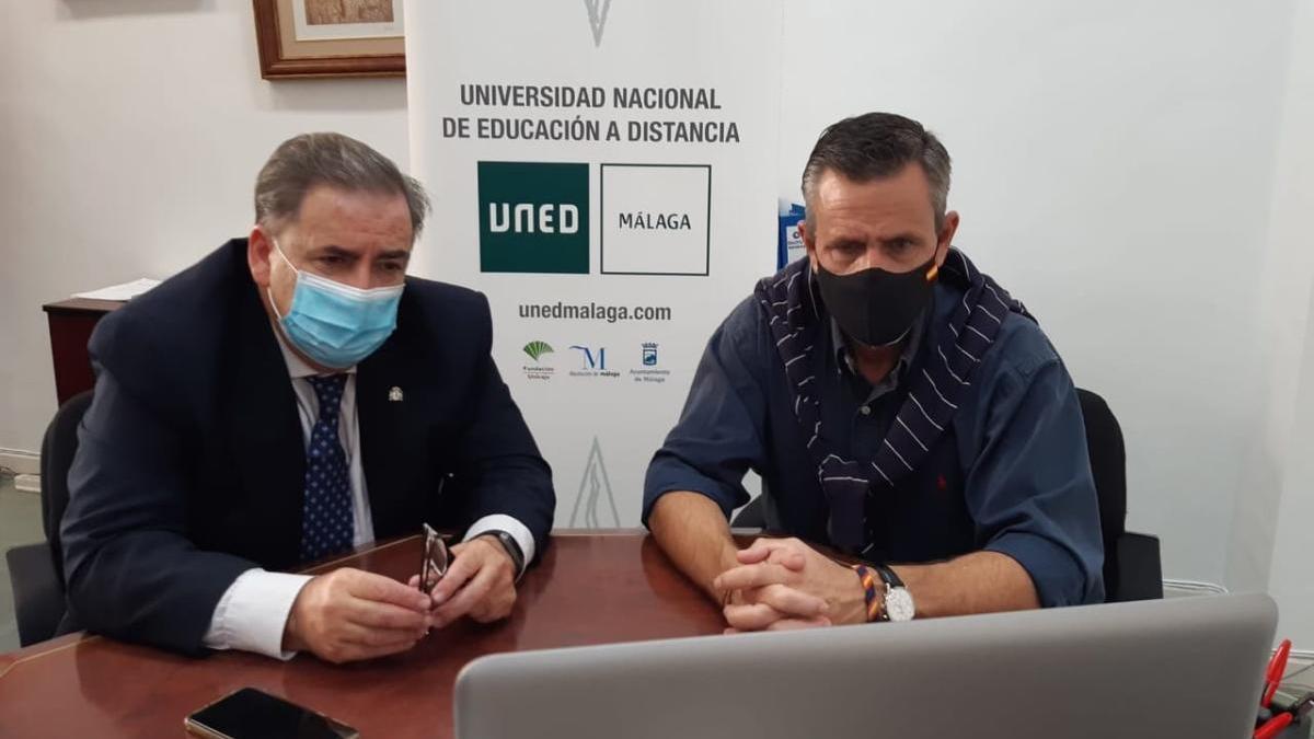 Delegado del Gobierno en Málaga, Teófilo Ruiz, en las pruebas de acceso al Cuerpo Superior de Administradores Civiles del Estado en el centro asociado a la UNED en Málaga.