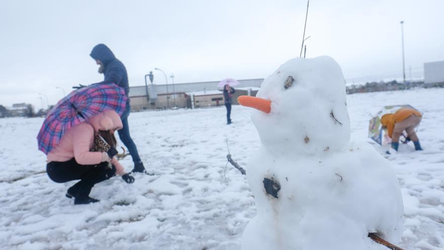 Previsión del tiempo en Alicante: alerta amarilla el jueves por acumulación de nieve de 2 centímetros en 24 horas