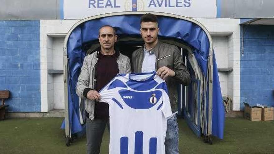 """El Avilés, sorprendido por la posible salida de Torres: """"No sabíamos nada"""""""