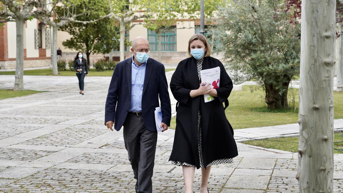 Francisco Igea e Isabel Blanco.