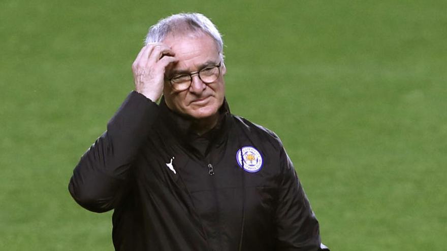 El Leicester destitueix Claudio Ranieri nou mesos després de tocar el cel