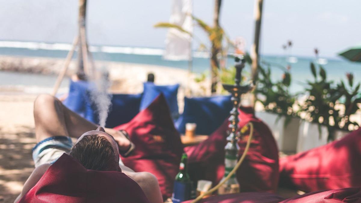 La shisha es un elemento presente en gran parte de los locales de ocio.