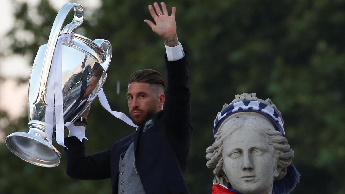 Sergio Ramos celebra una Copa de Europa con el Real  Madrid.