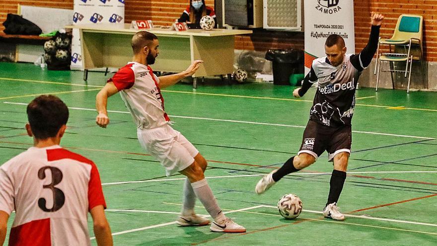 River Zamora gana a Espinar Arlequín y da un gran paso hacia la salvación en Tercera División