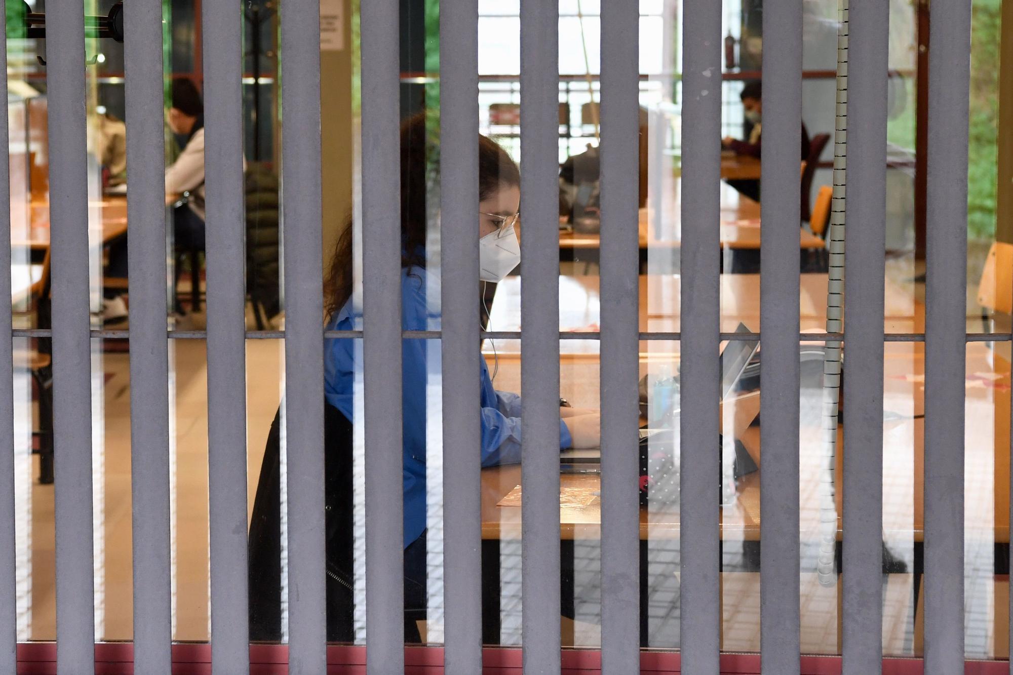 El retorno a las clases presenciales en el campus de Elviña