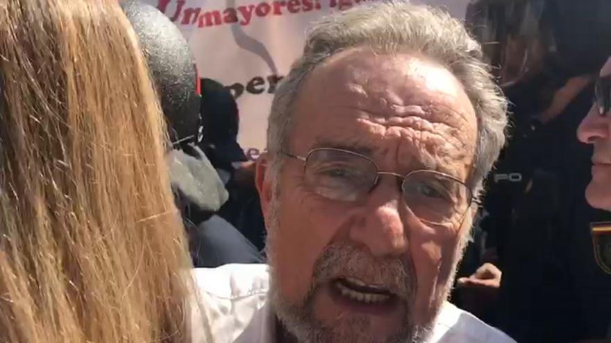 Protesta de los pensionistas ante las puertas del Congreso