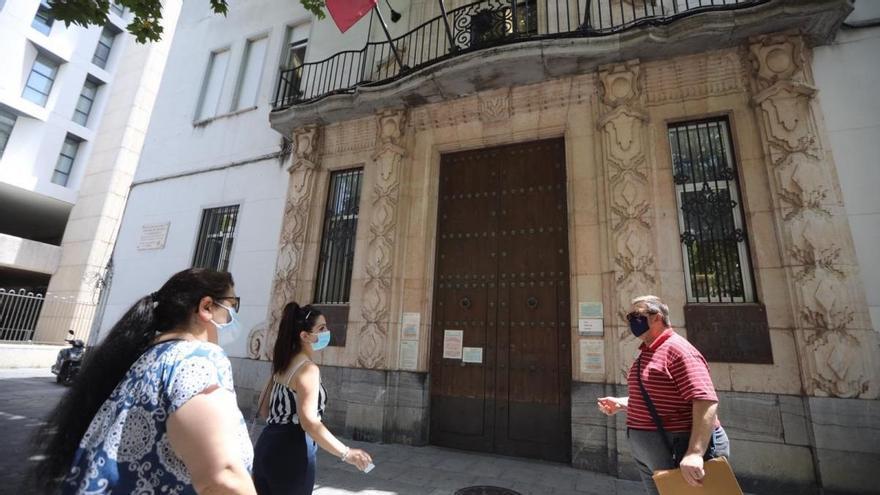 Abierto el plazo de solicitud para las 15 plazas de la Oficina de Atención Ciudadana del Ayuntamiento de Córdoba