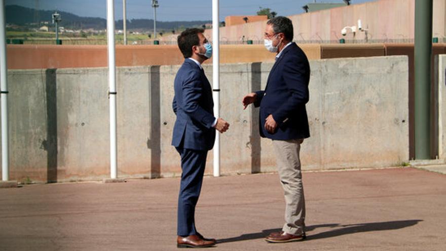 Aragonès visita els presos independentistes a Lledoners i Puig de les Basses en el seu primer dia com a president