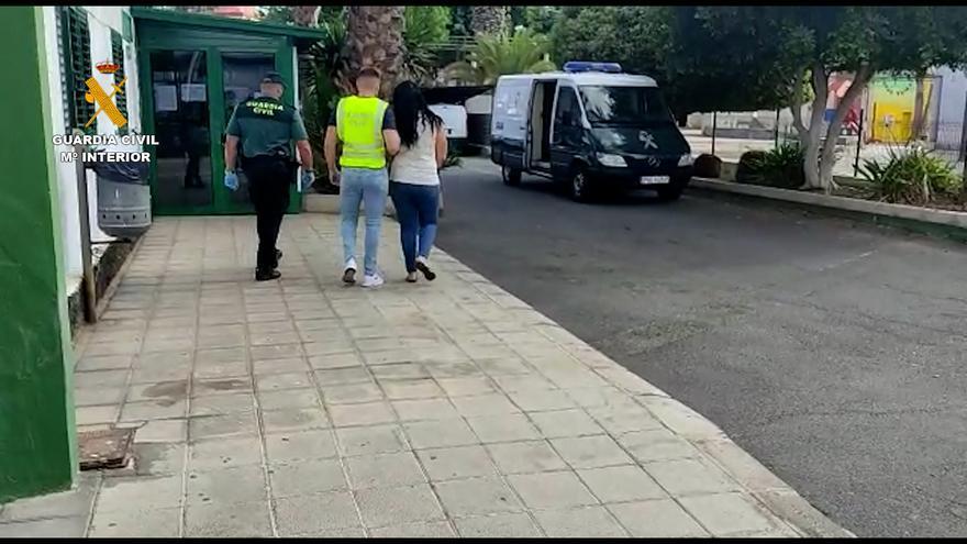 Detenidas una madre y su hija por estafar en el alquiler de villas vacacionales en Fuerteventura