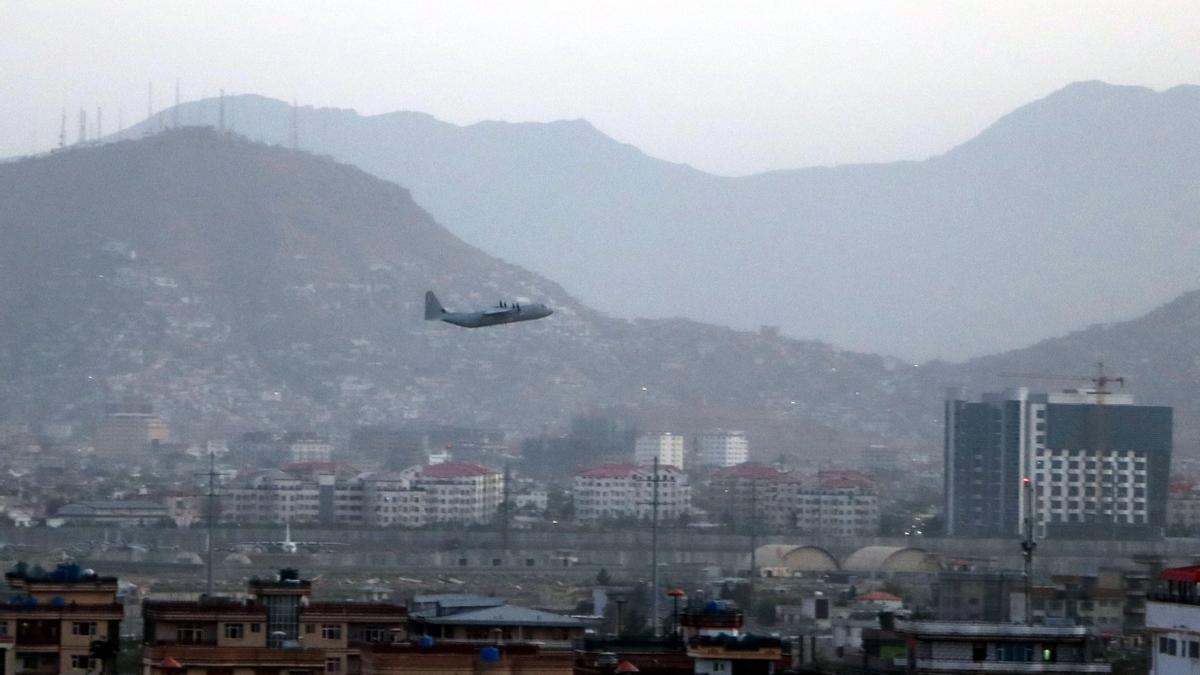 La explosión cerca del aeropuerto de Kabul no ha afectado a militares españoles