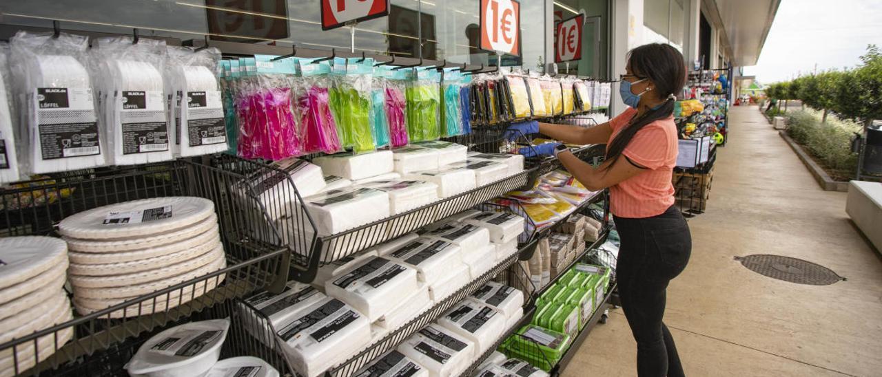 Arranca la apertura  de tiendas en centros comerciales con espacios abiertos