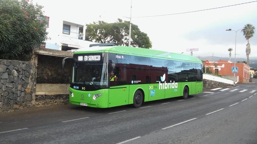 La Policía Canaria velará por que se cumplan los aforos en el transporte público de Tenerife