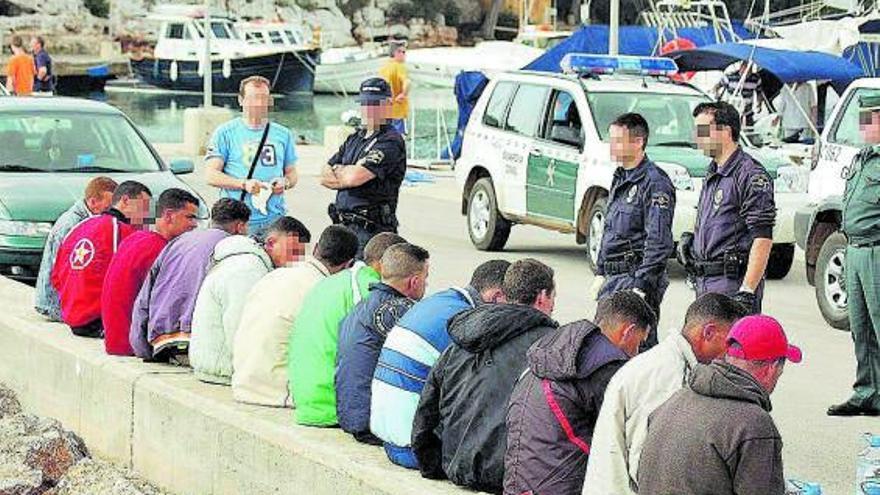 El TSJB respalda la expulsión inmediata de los migrantes en patera