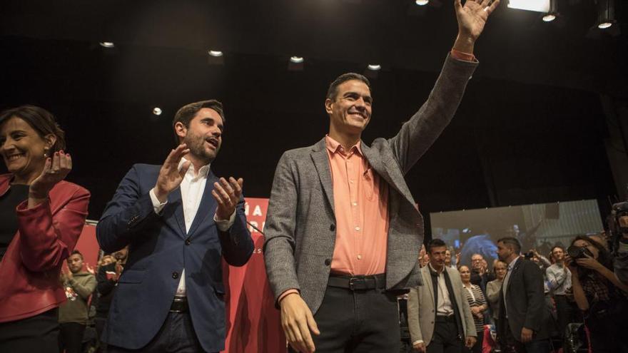 Pedro Sánchez junto a Antidio Fagúndez en su última visita a Zamora.