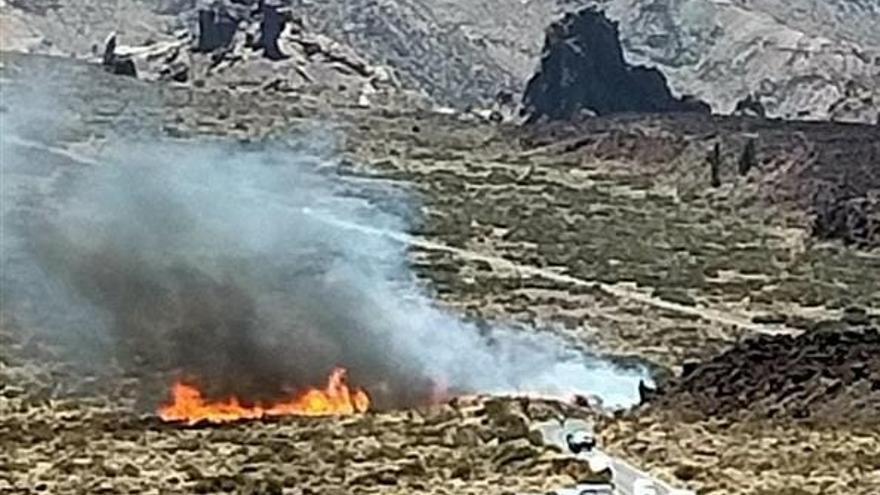 Estabilizado el incendio en el Parque Nacional del Teide