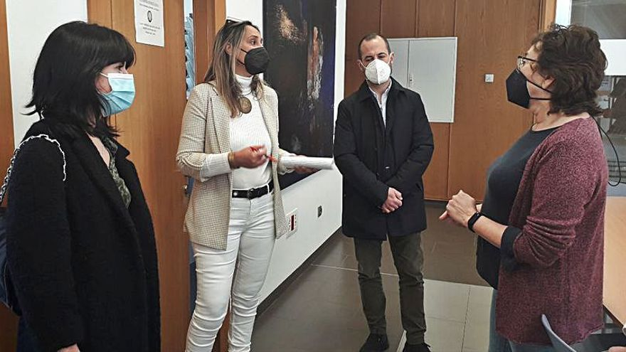 """Asturias destina 356.000 euros a las """"oficinas jóvenes"""""""