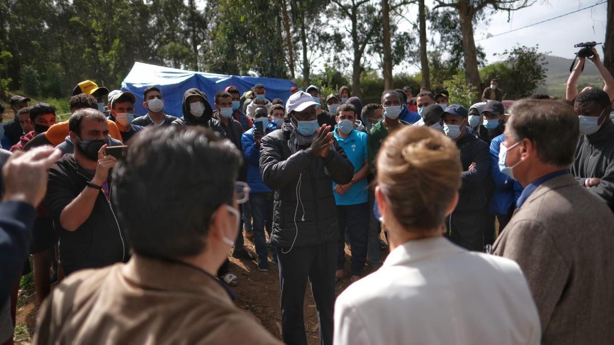 Visita de López Aguilar a Las Raíces