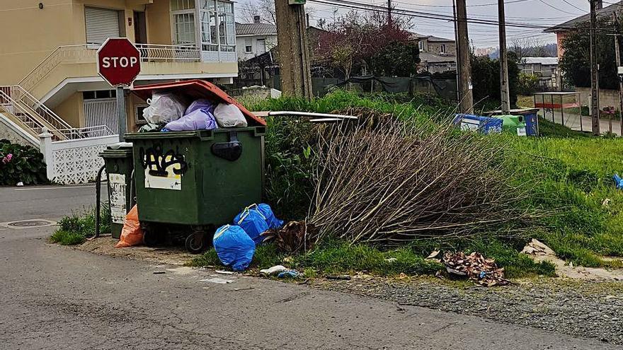 """Alternativa dos Veciños critica la """"deficiente"""" gestión de la basura"""
