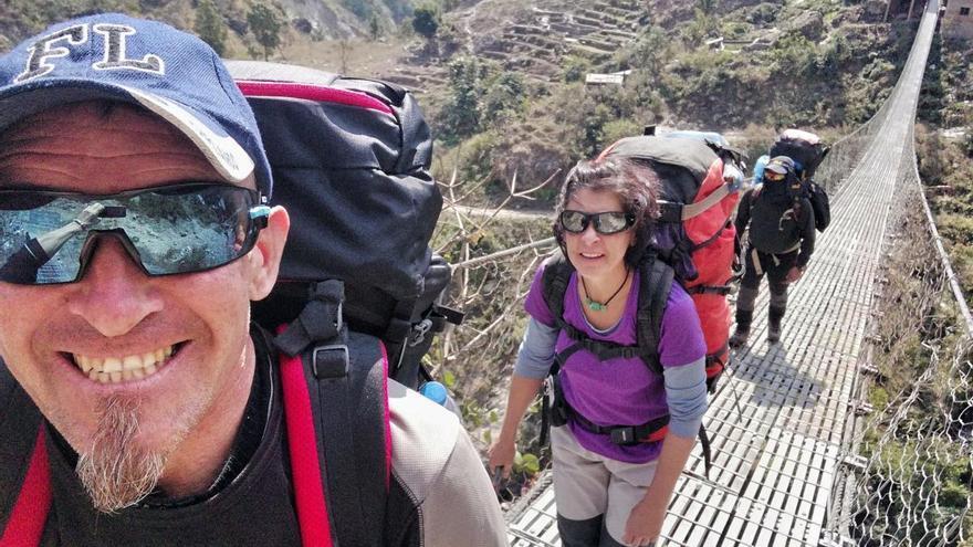 Malagueños atrapados en Katmandú