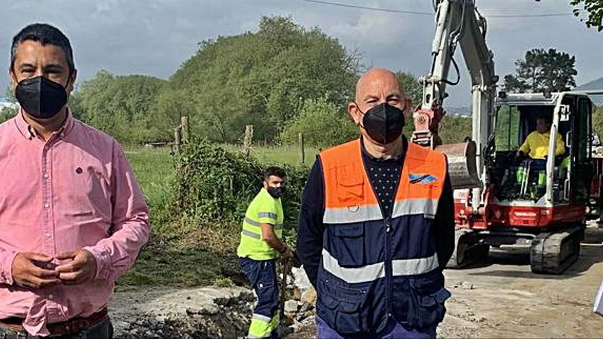 Se inician las obras de renovación del camino de El Conceyín, en Bobes