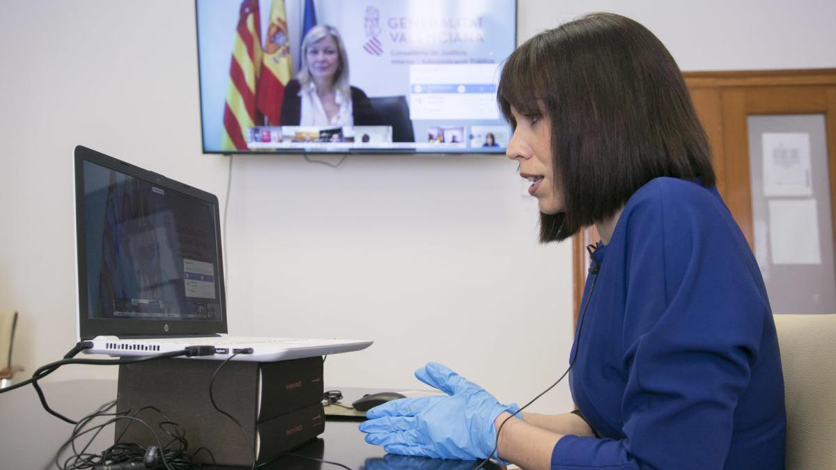 Diana Morant se reúne con bravo para repasar el dispositivo contra el coronavirus