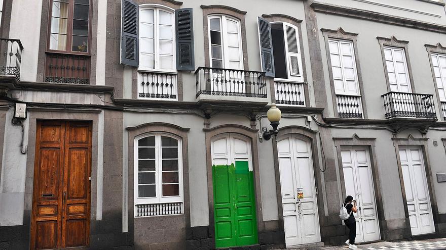 Tres casonas del Cabildo en la calle Buenos Aires están tomadas por okupas