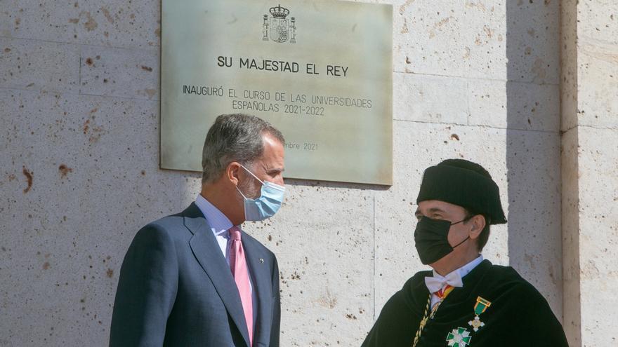 El Rey pide invertir en ciencia ante los retos sanitarios y medioambientales