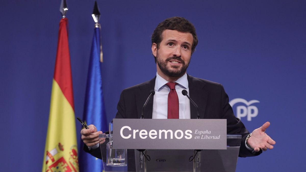 El presidente del PP, Pablo Casado, durante una rueda de prensa en la sede del partido, a 29 de julio de 2021, en Madrid (España). La comparecencia ha tenido lugar después de otra del presidente del Gobierno.