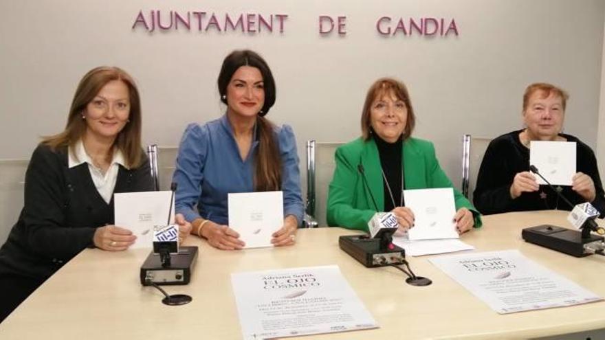 Gandia llança el repte solidari «Un libre, una exposició»