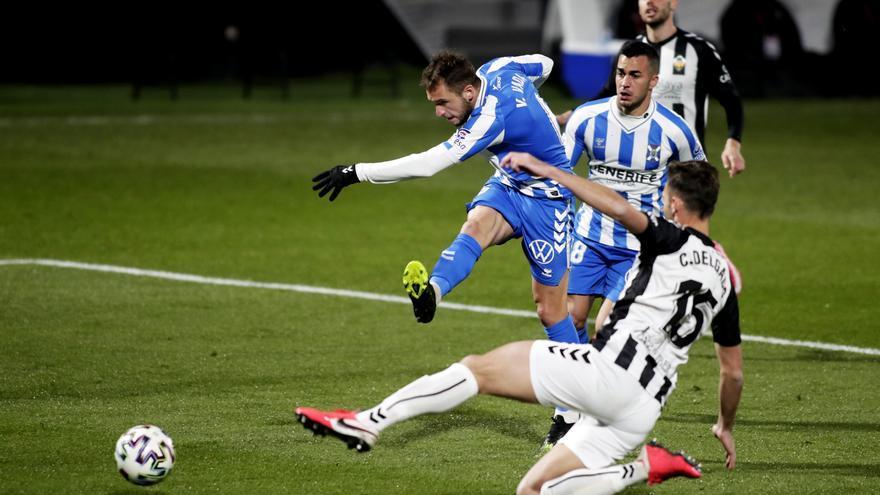 El Tenerife sigue adelante en la Copa del Rey