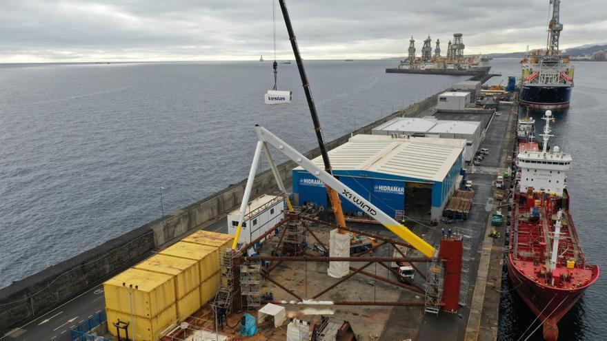 El prototipo que abarata la eólica en alta mar toma forma en el Puerto