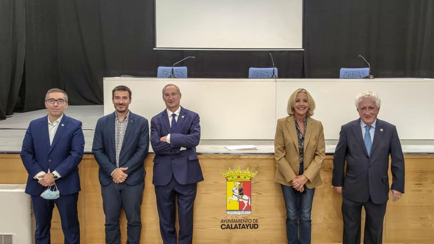 El Justicia de Aragón, Fernando García Vicente, abre la Universidad de la Experiencia de Calatayud