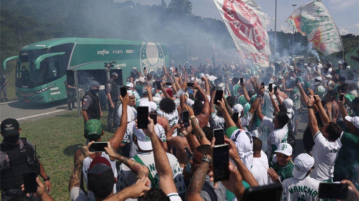 Palmeiras y Santos luchan en Maracaná por la Copa Libertadores más brasileña