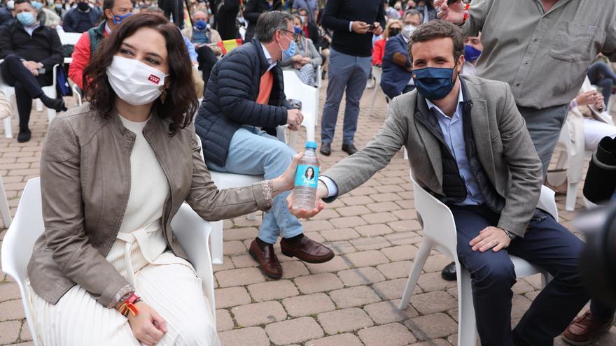Casado y Abascal coinciden en acusar a la izquierda del aumento de la tensión de cara a las elecciones del 4-M