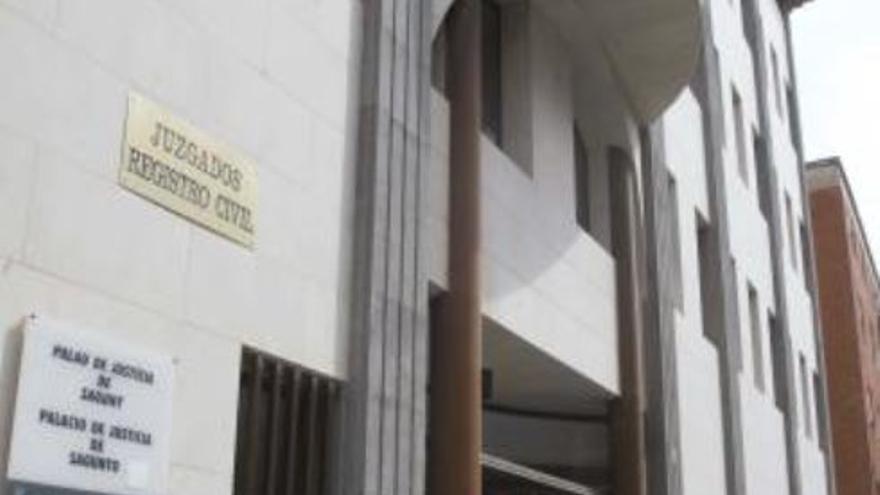Prisión provisional sin fianza para el detenido por agredir a su pareja en Gilet