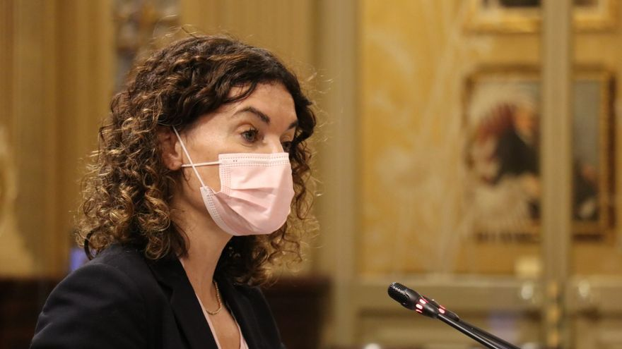 """Rosario Sánchez defiende que estos presupuestos """"compensan"""" el déficit de inversiones del Estado en Baleares"""