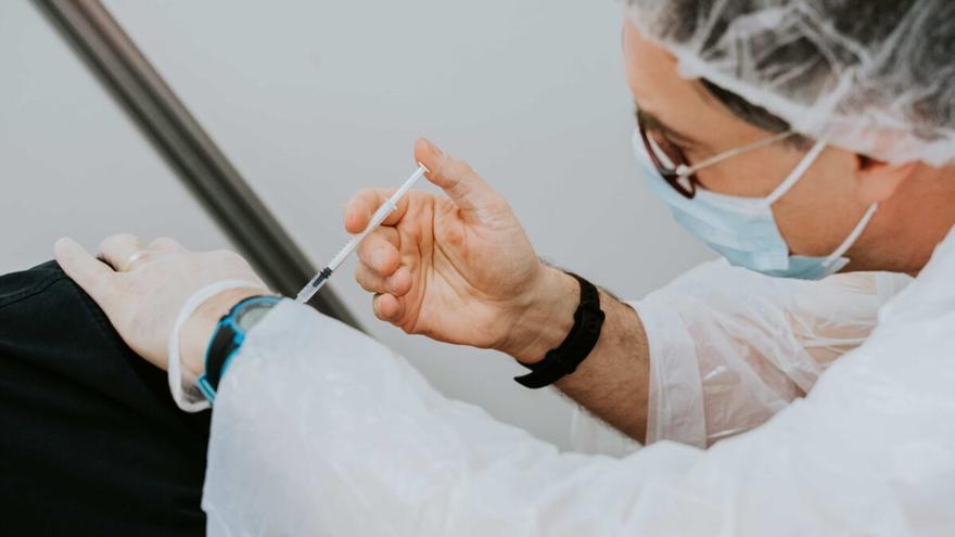 Menos dosis de la vacuna contra la gripe este año en la Región