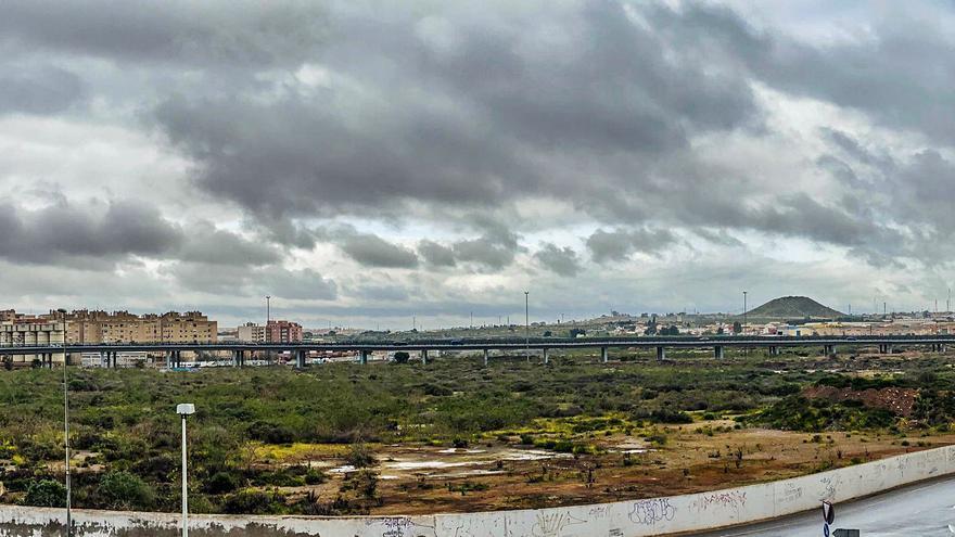 Ercros propone un plan para encapsular los residuos y descontaminar El Hondón