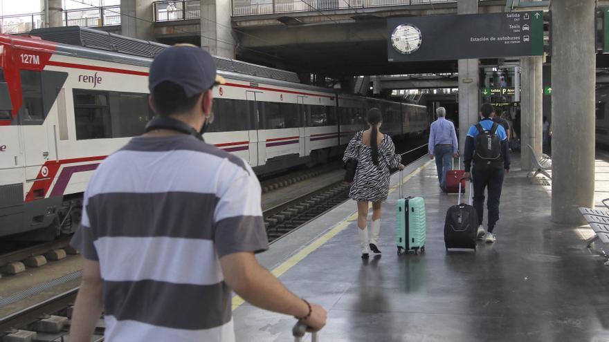 La Estación de Córdoba tendrá nuevas pantallas que indiquen la situación exacta de los coches en los andenes