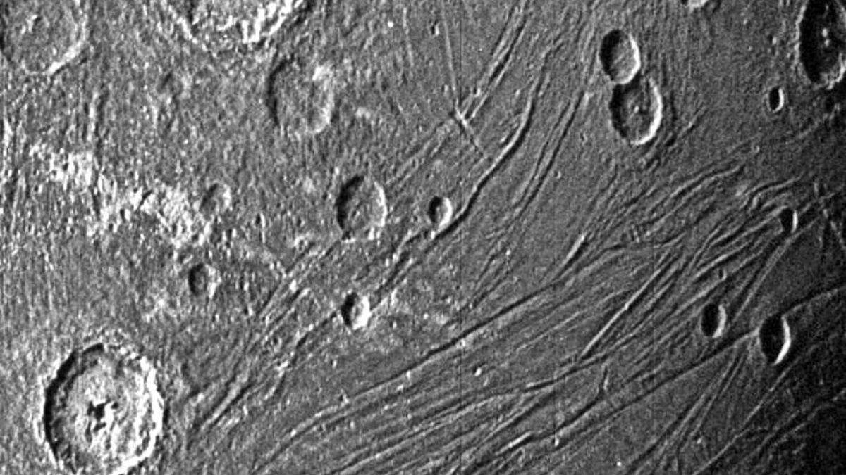 Las mejores imágenes de Ganímedes, la luna de Júpiter  | NASA