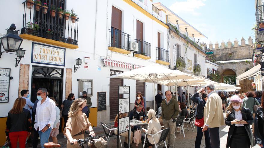 La subida de la tasa de incidencia no afectará a los aforos en Córdoba