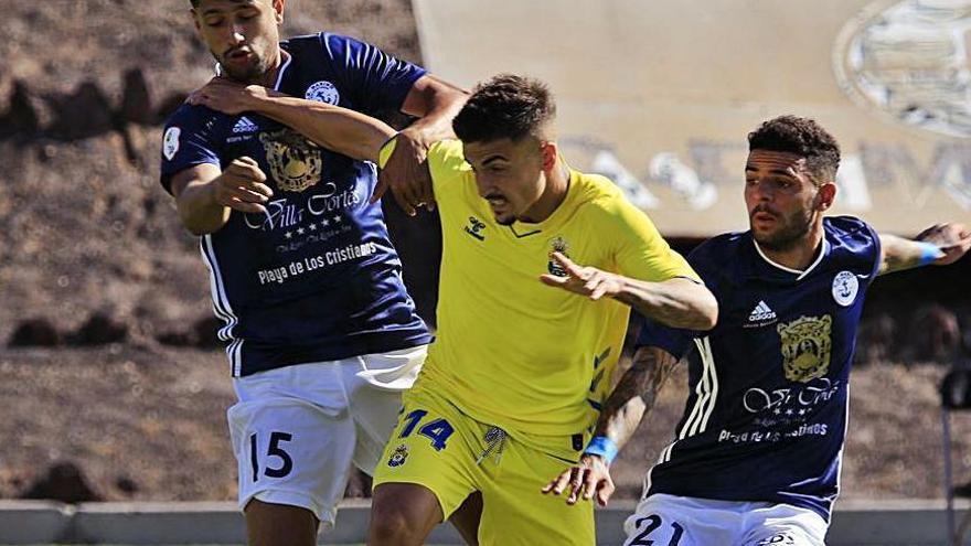 Tablas en el duelo entre los colistas Marino y Las Palmas B (0-0)
