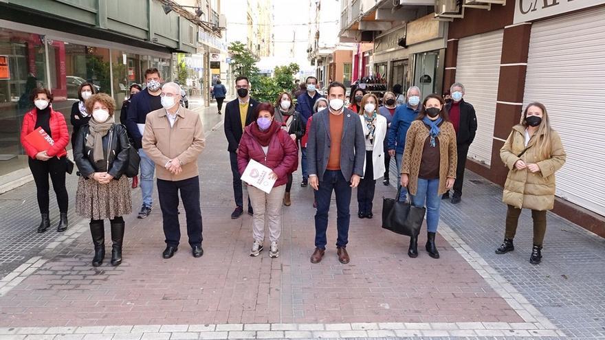 La oposición exige al alcalde de Málaga que dé marcha atrás en la liberalización de horarios comerciales