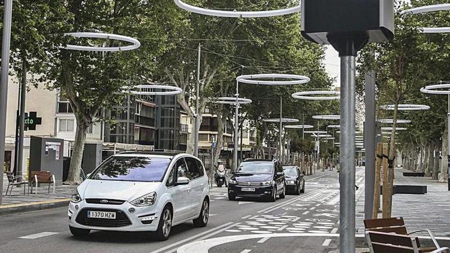 Benidorm registra la entrada de 20.000 vehículos en solo un día durante el fin de semana
