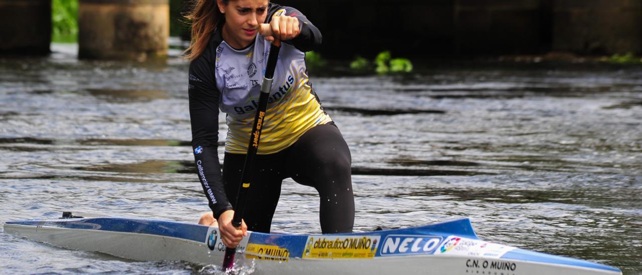 María Pérez quedó segunda en la canoa sénior, pero obtiene el billete para Moscú.