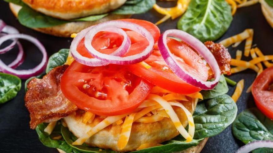 Por qué NO deberías comer alimentos light si quieres perder peso