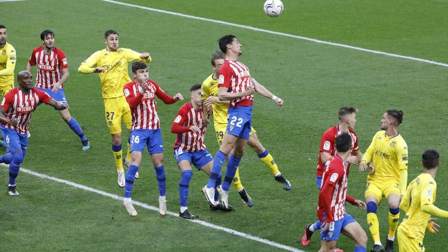 En directo: Comienza la segunda parte del Sporting-Alcorcón en El Molinón