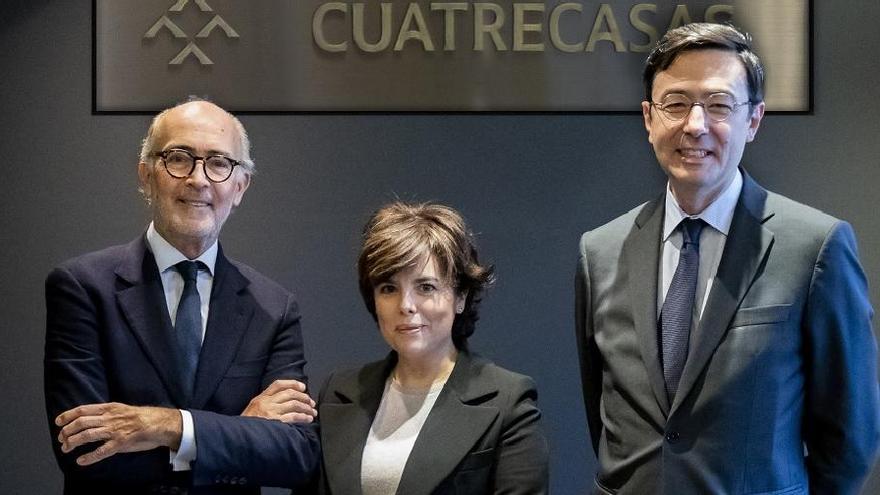 Soraya Sáenz de Santamaría fitxa per Cuatrecasas